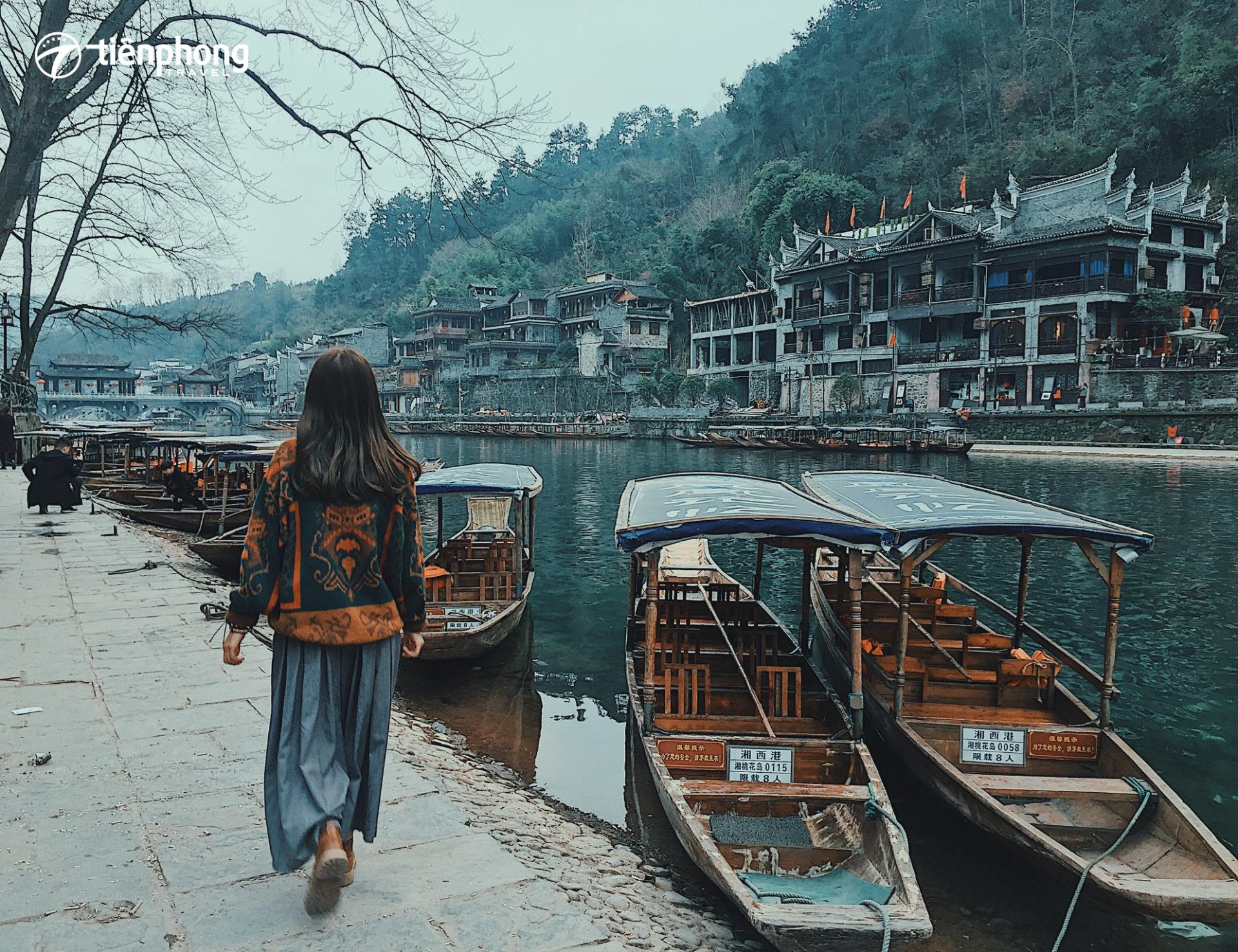 Đi Phượng Hoàng cổ trấn Trương Gia Giới mùa nào đẹp?