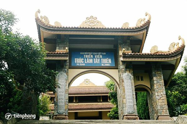 Du xuân Tây Thiên - Thiền Viện Trúc Lâm