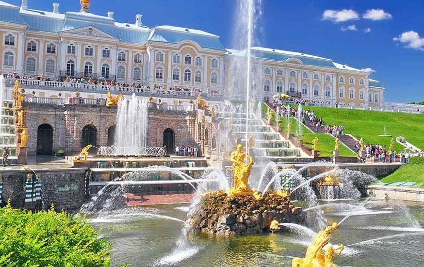 Du lịch Nga Cung điện mùa hè