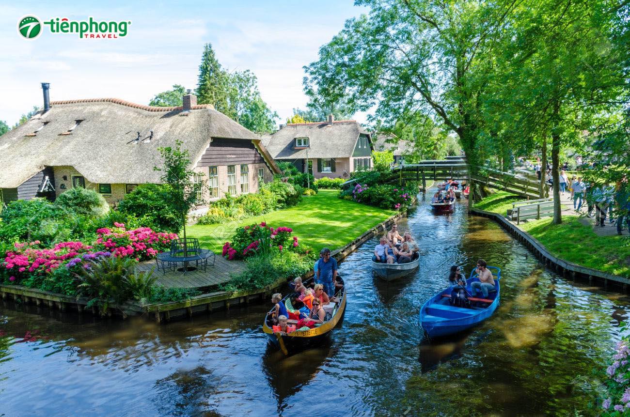 Giethoorn – Làng cổ tích Giethoorn hà lan
