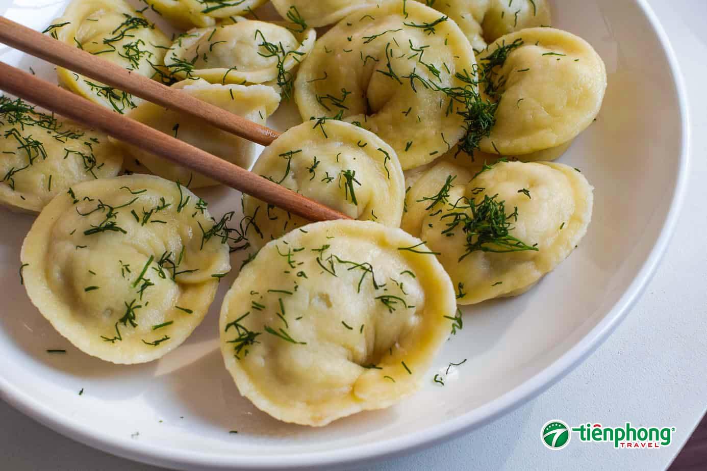 món ăn bánh bao hạnh phúc Pelmeni Nga