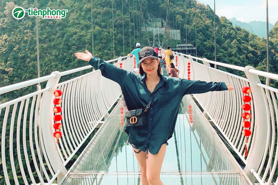 cầu kính 7D ở Quảng Tây trung quốc