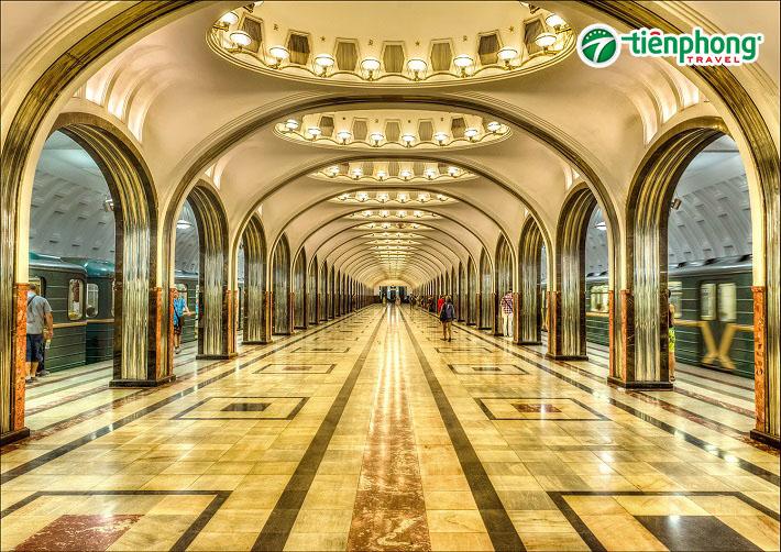 Metro tour - Hệ thống Tàu Điện Ngầm