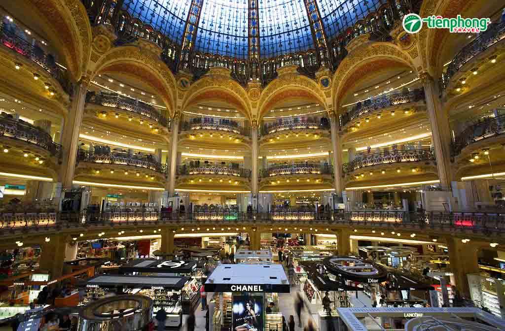 siêu thị Galary La Fayette nổi tiếng tại Pháp