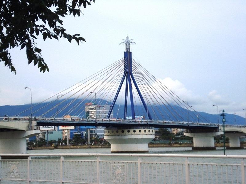 tour-du-lịch-đà-nẵng-cầu-sông-hàn
