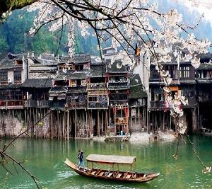 Du lịch Trương Gia Giới Phượng Hoàng cổ trấn - Những điều Không thể bỏ qua