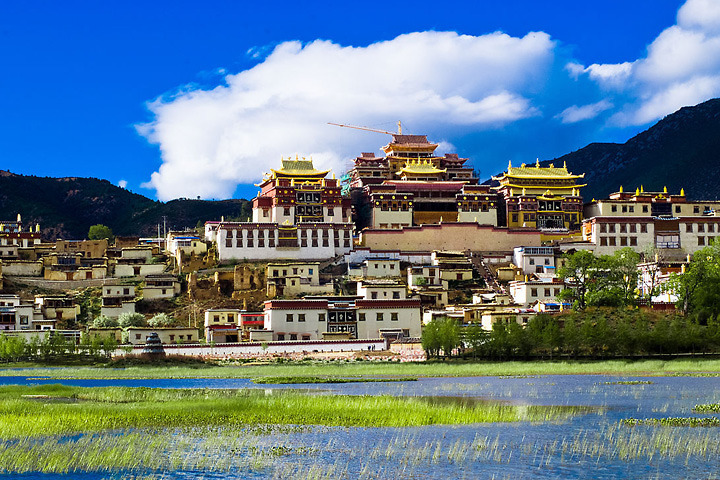 Những điểm đến tuyệt vời khi du lịch Shangri La