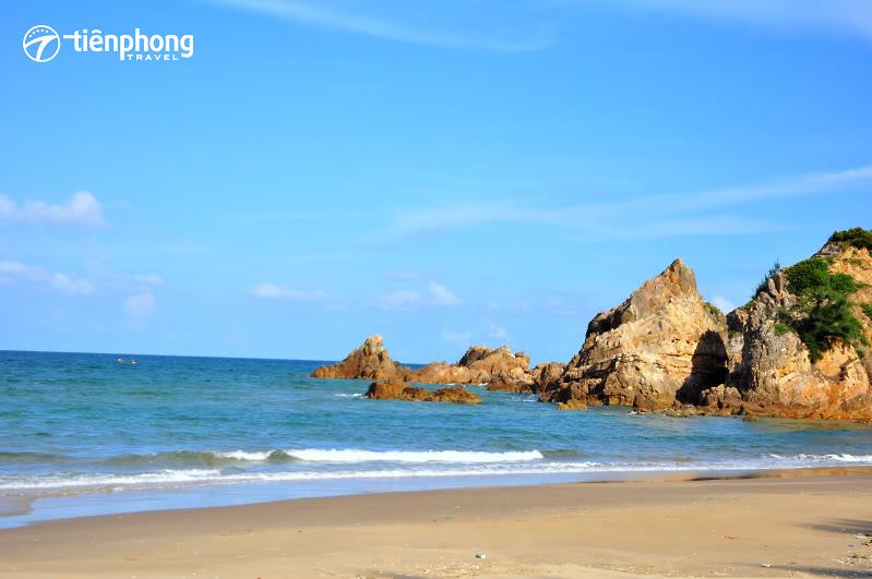 Du ngoạn biển đảo Quảng Bình - Khám phá ngay những bãi tắm
