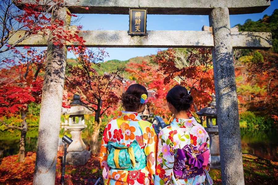 Mùa thu Nhật Bản từ tháng mấy - Thời điểm đẹp nhất để ngắm lá vàng lá đỏ Nhật Bản