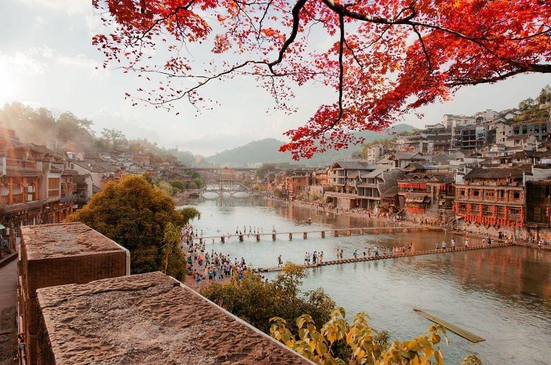 5 lí do phải đi Phượng Hoàng cổ trấn mùa thu - Đẹp quên lối về!