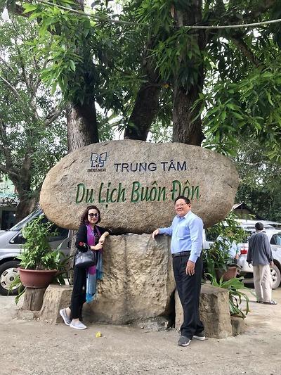 Cô Lan - Tour Đà Lạt - Tây Nguyên Tháng 10