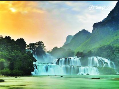 Hồ Ba Bể - hang Pắc Pó - thác Bản Giốc