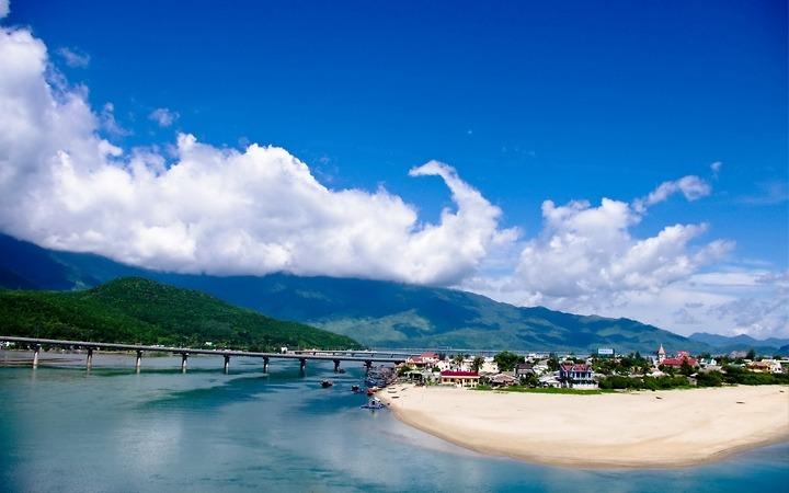 Biển Lăng Cô - Cố đô Huế